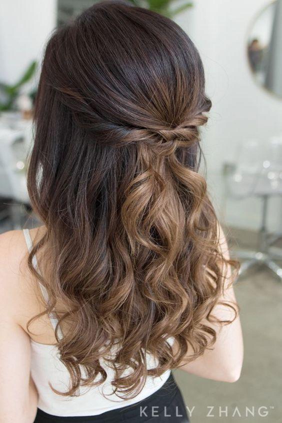 Inspiracje na włosy z warkoczami