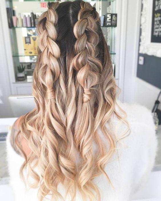 Jasne włosy z warkoczami