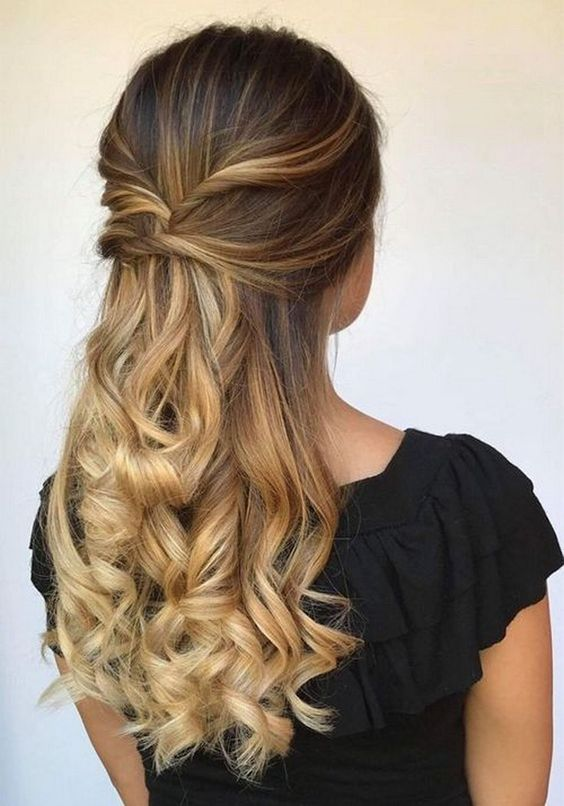 Pomysły na włosy z warkoczami