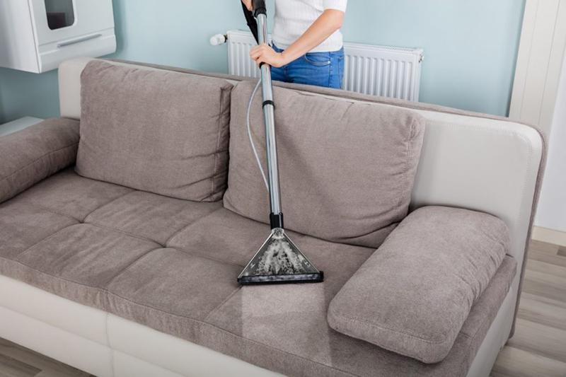 Czy warto korzystać z usług firm sprzątających