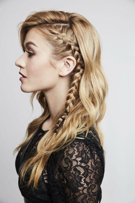 Blond włosy z warkoczami