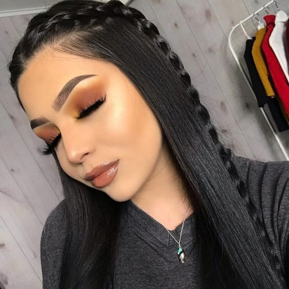 Czarne włosy z warkoczem