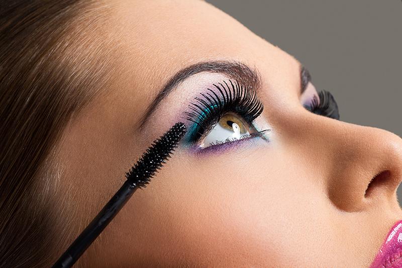 Makijażowe sposoby na ukrycie objawów przeziębienia